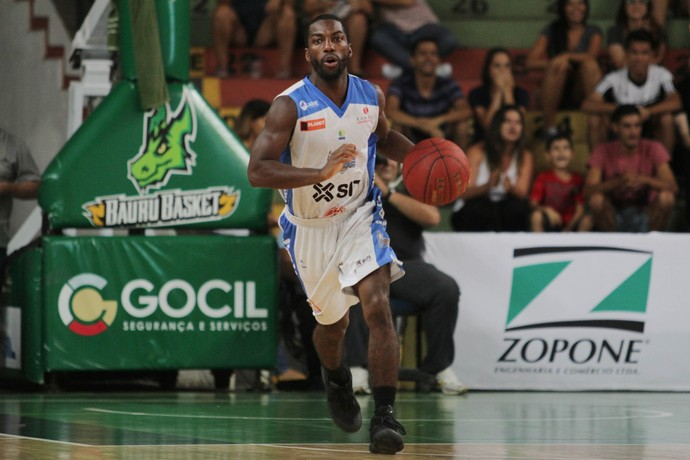 Bauru Basket x Macaé, NBB 9, Anthony (Foto: Raphael Bozeo / Macaé Basquete)