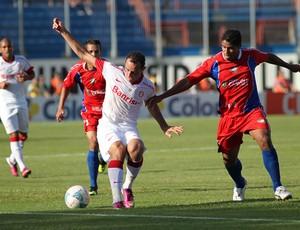Josimar marcou um dos gols contra o Canoas (Foto: Divulgação/Inter)