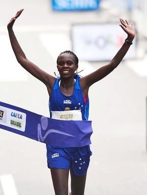 Maurine Kipchumba vence a corrida de São Silvestre (Foto: Marcos Ribolli / Globoesporte.com)