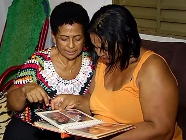 Ivanilda Pereira Marques se reencontra com a família em Itumbiara, Goiás (Foto: Reprodução/ TV Anhanguera)