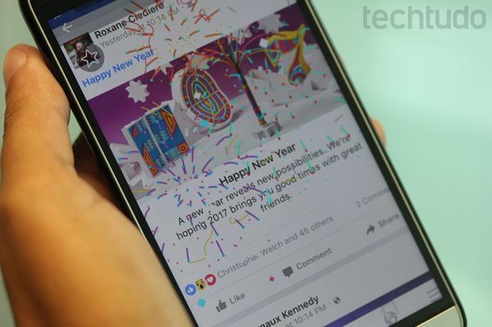 Facebook celebra Ano Novo de 2017 com fogos de artifício no Feed de Notícias (Foto: Melissa Cruz / TechTudo)
