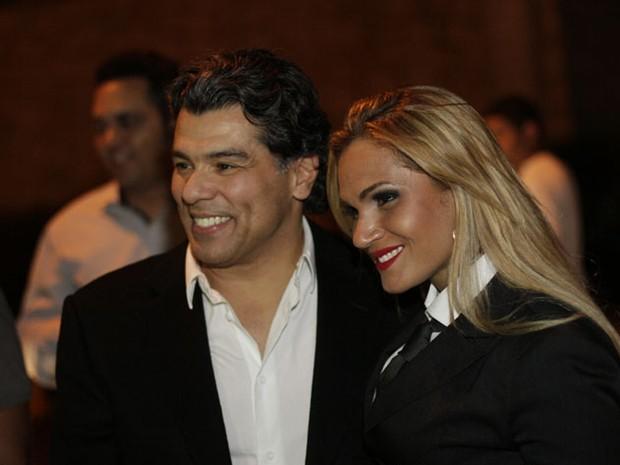 Maurício Mattar e Bianca Salgueiro em gravação de clipe em Goiânia (Foto: Kristiane Viruel/ Divulgação)