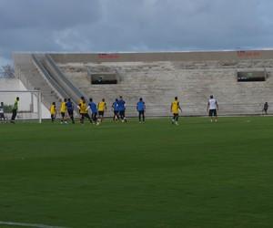 Treino, Botafogo-PB, Almeidão  (Foto: Lucas Barros / GloboEsporte.com/pb)
