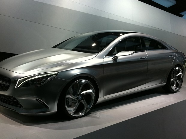 Mercedes CLA, protótipo do cupê 4 portas que poderá ser fabricado no Brasi (Foto: Priscila Dal Poggetto/G1)