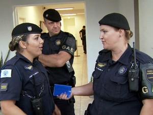 Guardas municipais de Campinas prendem suspeito de agredir criança (Foto: Reprodução / EPTV)