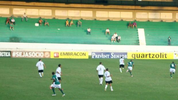 Guarani perde para o Bragantino na estreia do técnico Branco (Foto: Marcelo Tasso / Divulgação Guarani)