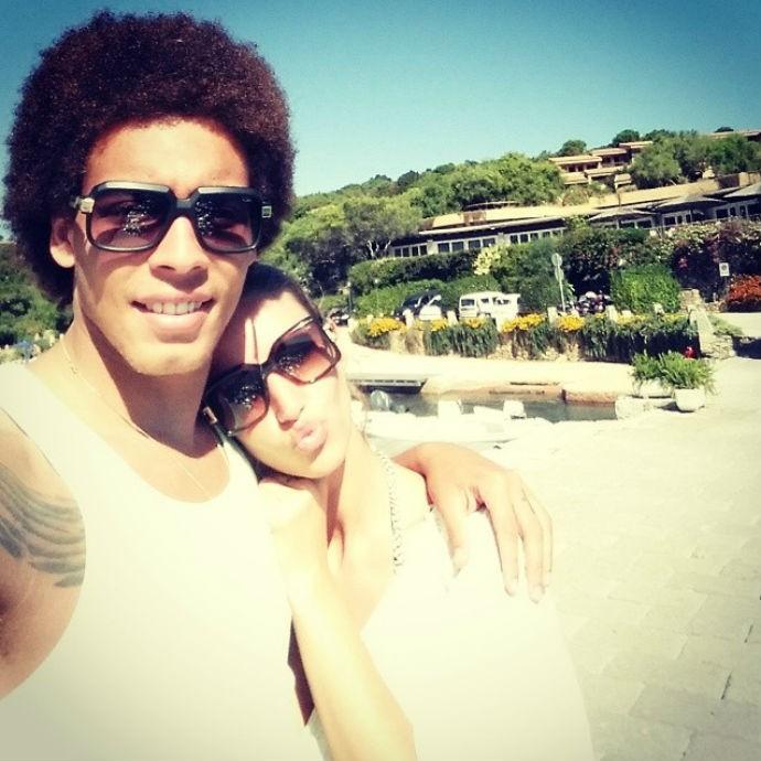 Axel Witsel e a namorada Rafaella Szabo (Foto: Reprodução/Instagram)