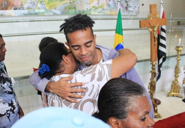 Jair Oliveira no velório de Jair Rodrigues (Foto: Celso Tavares/ EGO)