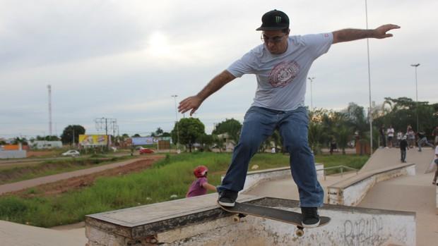 Alex, skatista de Porto Velho (Foto: Hugo Crippa)