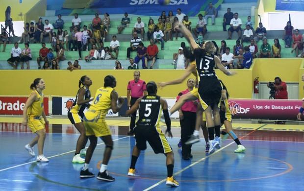 santo andré x são josé basquete feminino (Foto: LBF)