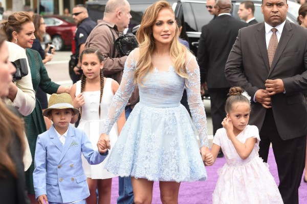 Maximilian David Muniz, Jennifer Lopez e Emme Maribel Muniz (Foto: Getty Images)