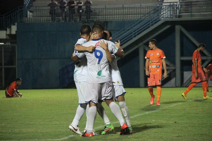 Nacional e Holanda Campeonato Amazonense (Foto: Marcos Dantas)