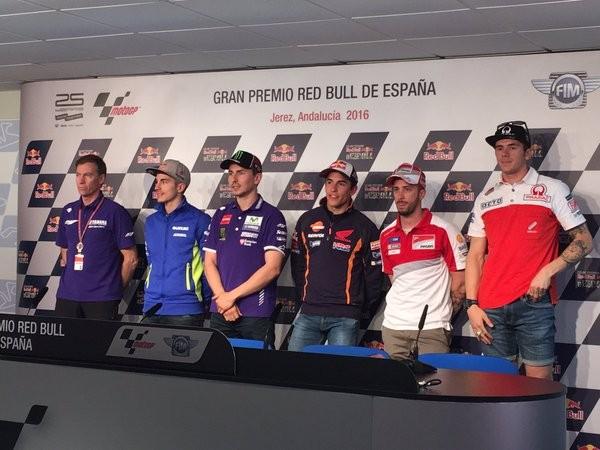 BLOG: Mundial de Motovelocidade - Coletiva de Imprensa em Jerez: Lorenzo fala da ida para a Ducati e Jarvis confirma: estamos próximos  de Viñales...
