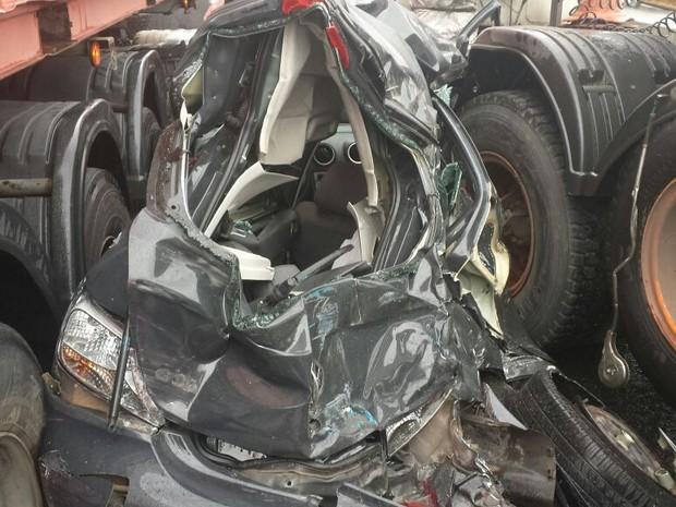 Acidente deixou seis pessoas feridas em rodovia (Foto:  Roberta Figueiroa dos Santos/VC no G1)