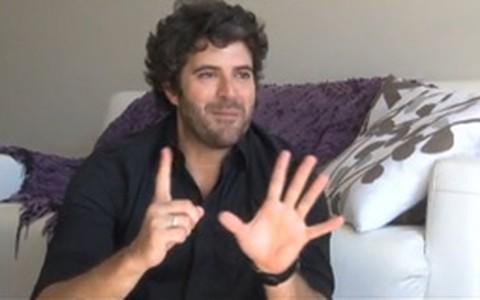 Publicitário Álvaro Rodrigues diz que no sexo vale tudo
