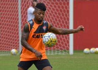 Marinho, jogador do Vitória, treino no Barradão (Foto: Francisco Galvão / Divulgação / EC Vitória)