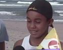 Wiggolly Dantas ensina apresentadora a surfar em Ubatuba; assista