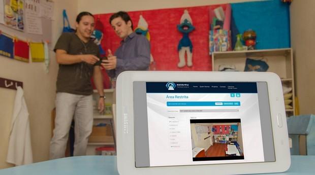 Os sócios Marcello Nascimento e Henrique Campos desenvolveram uma plataforma para escolas e petshops (Foto: Divulgação)