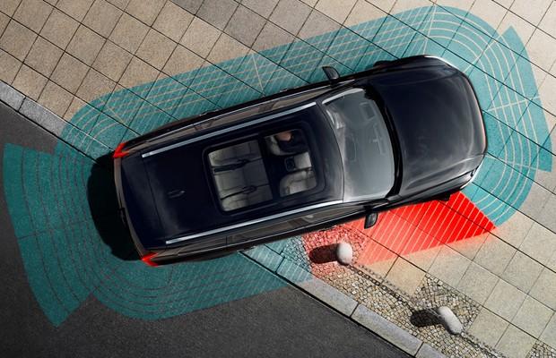 Sensor de ponto cego do Volvo XC90 (Foto: Divulgação)