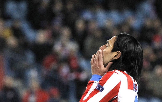 Falcao Garcia lamenta derrota do Atlético de Madri (Foto: Reuters)