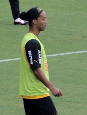 Ronaldinho Treino Atlético-MG (Foto: Marcelo Jordy)