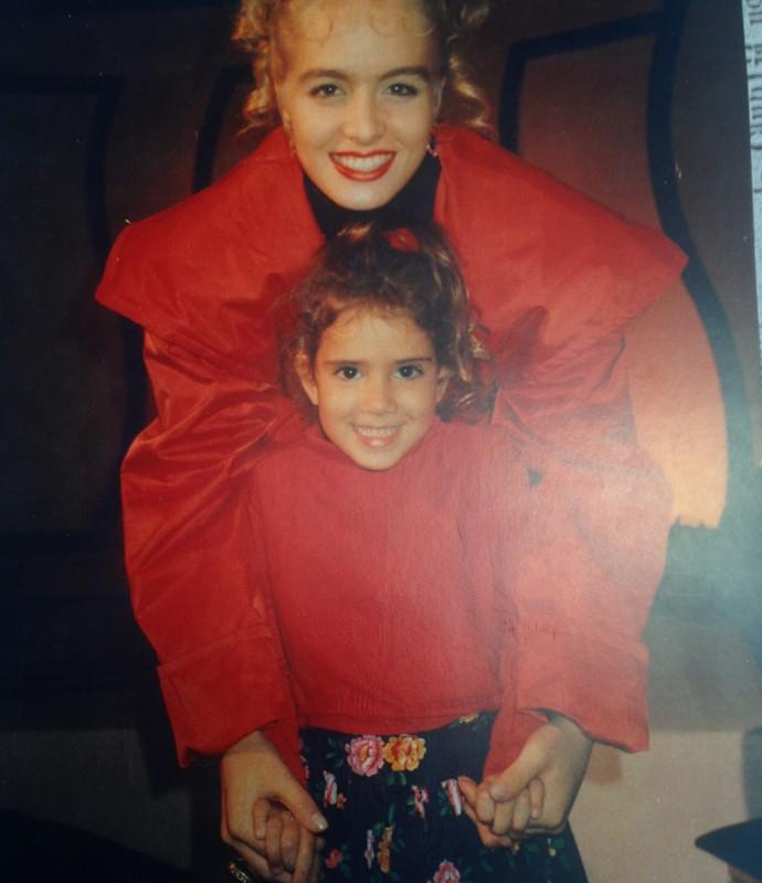 Angélica com a irmã de Adnet (Foto: Arquivo pessoal)