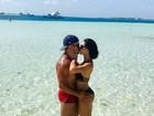 Bella Falconi namora o marido no Arquipélago de Los Roques