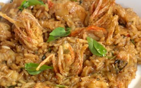 Arroz de coco com camarões: veja a receita de Claude Troisgros