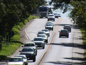 Divinópolis, volta estradas, polícia, fiscalização,  (Foto: Reprodução/TV Integração)