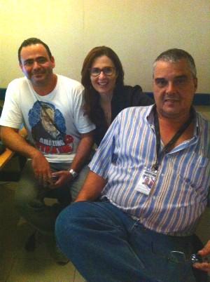 Kíria com os editores André Alaniz e Roberto Cavalcanti (Foto: Divulgação/RBS TV)