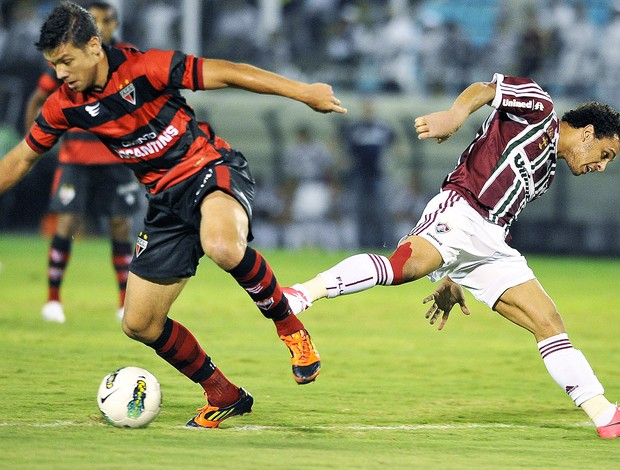 Wellington nem, Fluminense e Atlético-Go (Foto: Dhavid Normando / Photocamera)