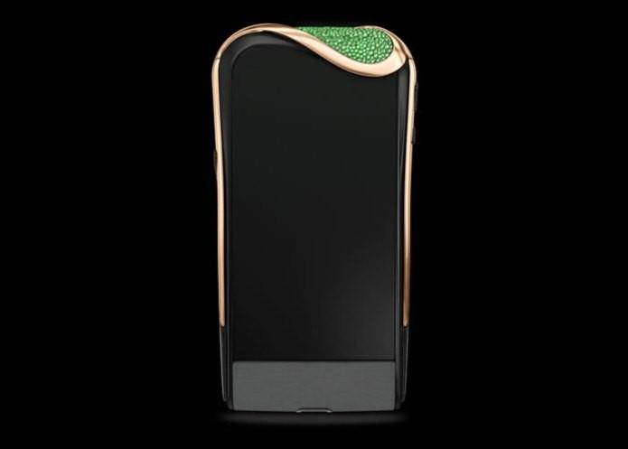 O Savelli-Gemfields Emerald Insane é uma verdadeira joia (Foto: Reprodução/Rare Delights Magazine)