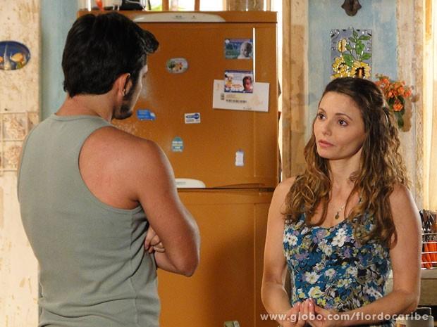 Dora não aceita casamento do enteado (Foto: Flor do Caribe / TV Globo)