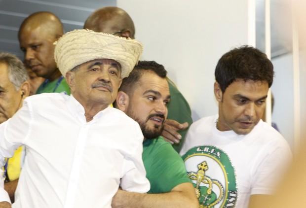 Seu Francisco, Luciano e Zezé Di Camargo (Foto: Isac Luz / EGO)