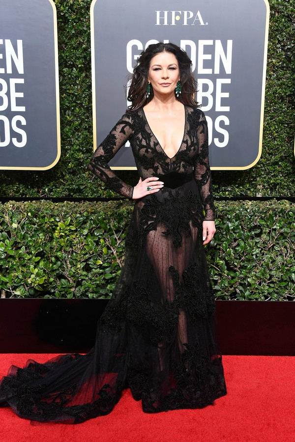 BEVERLY HILLS, CA - JANUARY 07:  Actor Catherine Zeta-Jones attends The 75th Annual Golden Globe Awards at The Beverly Hilton Hotel on January 7, 2018 in Beverly Hills, California.  (Photo by Frazer Harrison/Getty Images) (Foto: Getty Images)