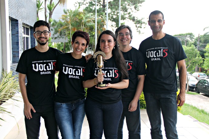 Mistura com Rodaika Grupo Vocal5 Quadro A Cappella Domingão do Faustão troféu (Foto: Maicon Hinrichsen/RBS TV)