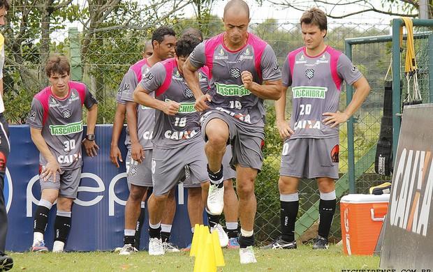 Julio Cesar treina no Figueirense (Foto: Luiz Henrique, FFC)