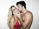 Mulher Melão ensina a beijar; assista ao vídeo!