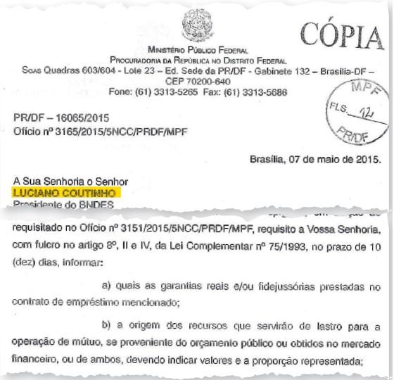 AMIZADE LUCRATIVA Lula e Chávez em Caracas. O MP pediu ao BNDES dados sobre empréstimo  à Venezuela (Foto: Jorge Silva/Reuters e Reprodução)