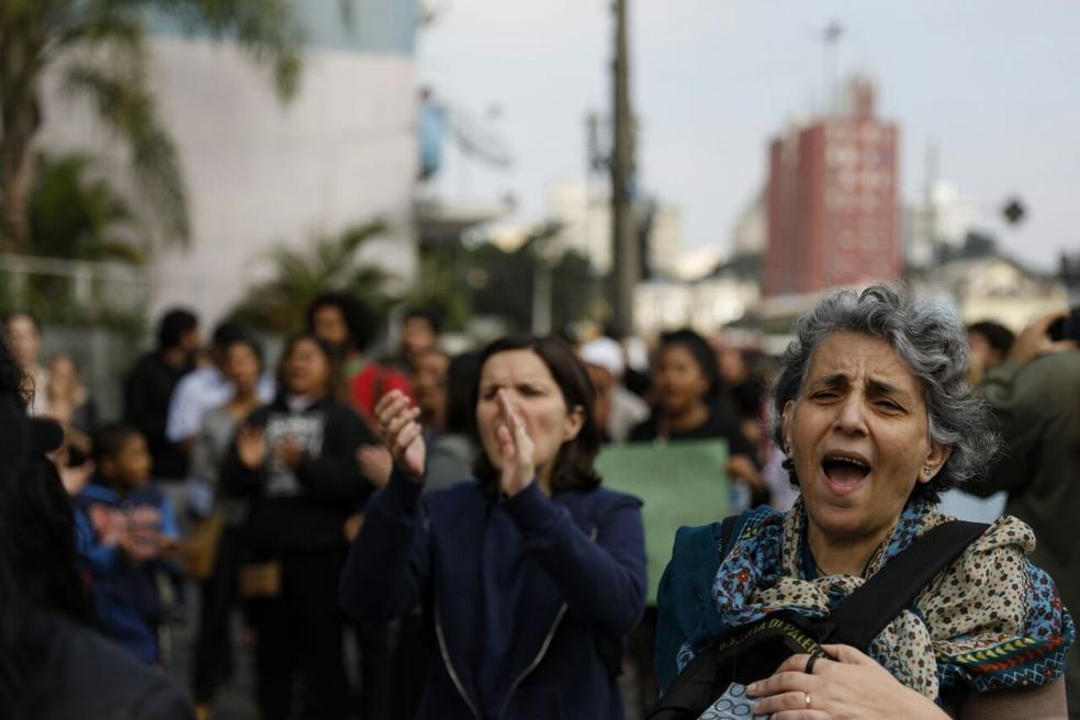 Protesto na Cracolândia contra desapropriações (Foto: Marcelo Brandt/G1)