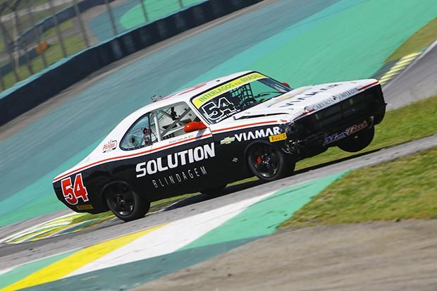 Rafael Lopes #54 acelerando forte na Curva da Junção (Foto: Humberto Silva/OSR)