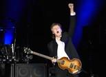 Rihanna é convidada surpresa de Paul McCartney em festival Desert Trip