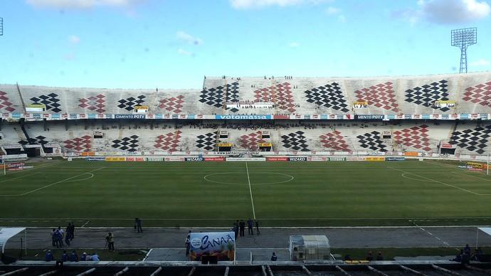 TR Estádio Arruda (Foto: Lucas Liausu)