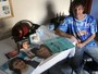 Fã de Roberto Carlos transforma casa para guardar acervo do cantor