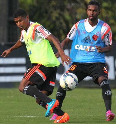 Márcio Araújo treina no Ninho do Urubu (Foto: Gilvan de Souza/Fla Imagem)