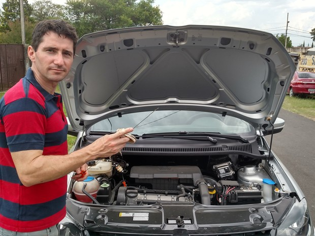 O mecânico André Santos decidiu ganhar dinheiro com as dicas que dava para comrpa de carros usados (Foto: Arquivo pessoal)