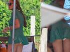 Lindsay Lohan vai à praia em Florianópolis