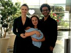 Carolina Kasting deixa a maternidade após nascimento do segundo filho