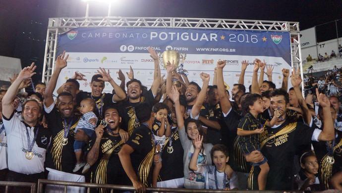 ABC campeão potiguar (Foto: Augusto Gomes/GloboEsporte.com)