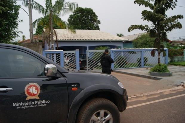 MPE deflagra operação e cumpre 10 mandados de prisão a suspeitos de fraudes e desvio de dinheiro (Foto: MP/RO/Divulgação)